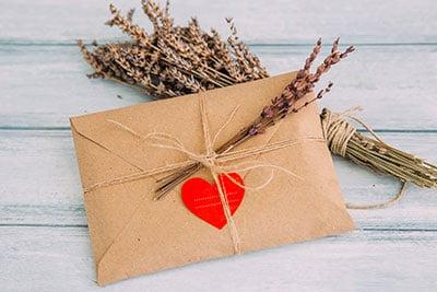 Mistä merkit ja kuinka löydät oikean postinumeron?